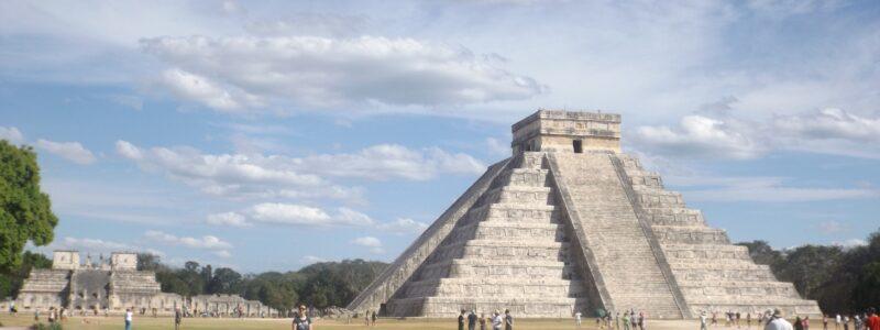 pyramid-2449216_1920